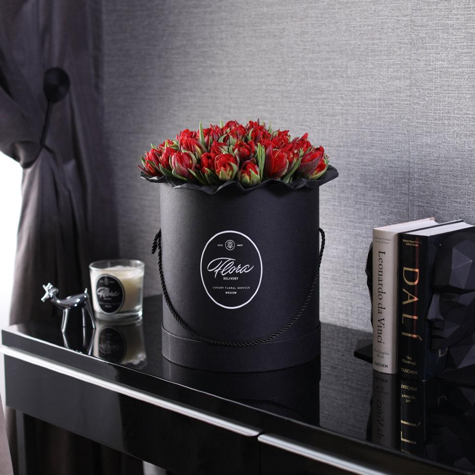 "Шляпная коробка Grand ""Тюльпаны Red"" BLVCK FloraDelivery"